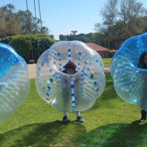 מריובול - חיים בתוך בועה